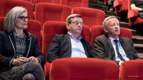 Régine Catin, Région Pays-de-la-Loire, Didier Pillon, ville de Laval, et Olivier Richefou, président du conseil départemental.